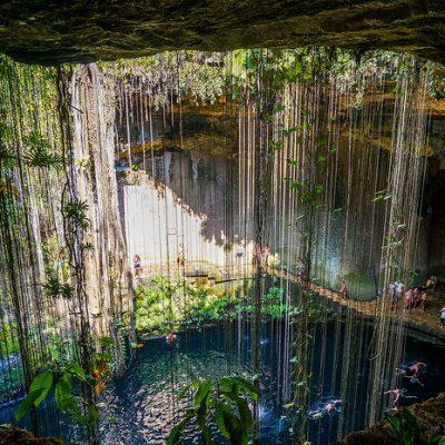 Cenote-Ik-Kil.jpg